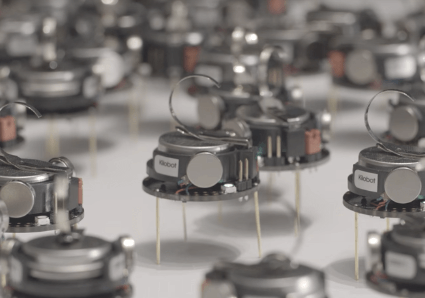 Kilobots, Small Robots That Work Like Ants