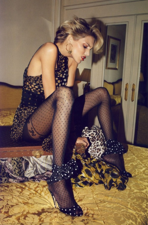 a-toutes-jambes-editorial-by-terry-richardson-6