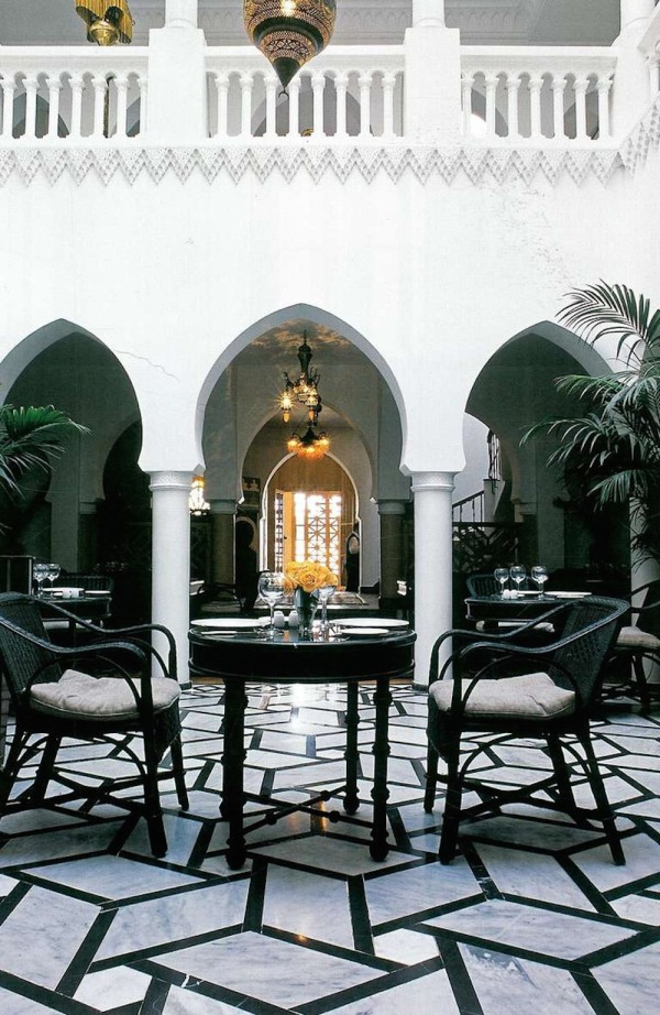 Moroccan-Courtyards-Bill Willis