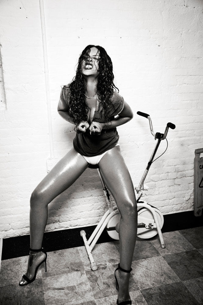 rihanna-by-ellen-von-unwerth-for-esquire-4