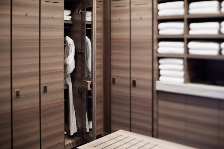 Park-hyatt-nyc-spa-locker-room-1