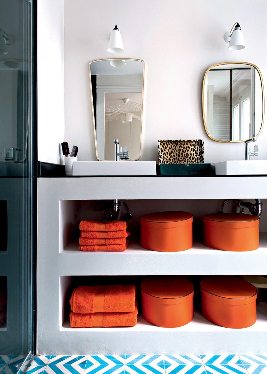 Parisian Apartment Bathroom