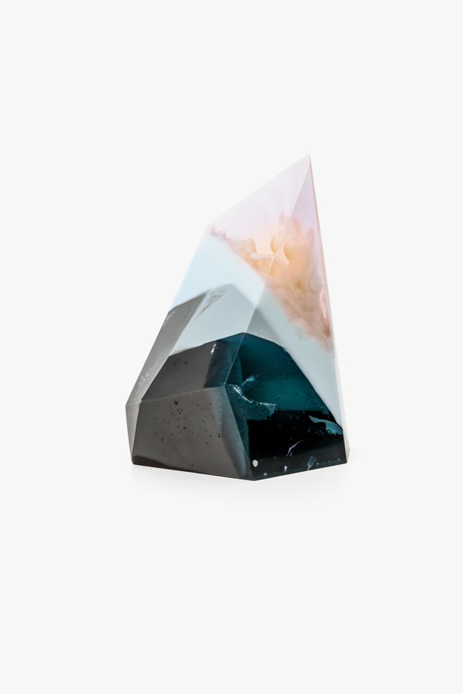 laboratory-perfumes-zuza-mengham-sculptures-5