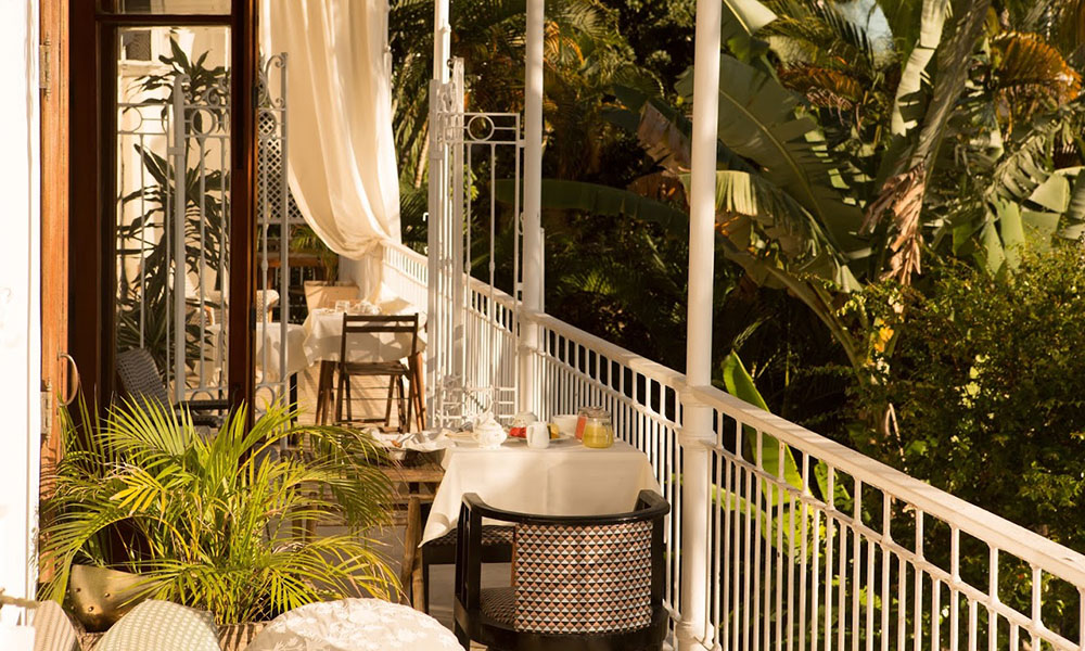 mama ruisa the bohemian charm of rio de janeiro brazil trendland. Black Bedroom Furniture Sets. Home Design Ideas