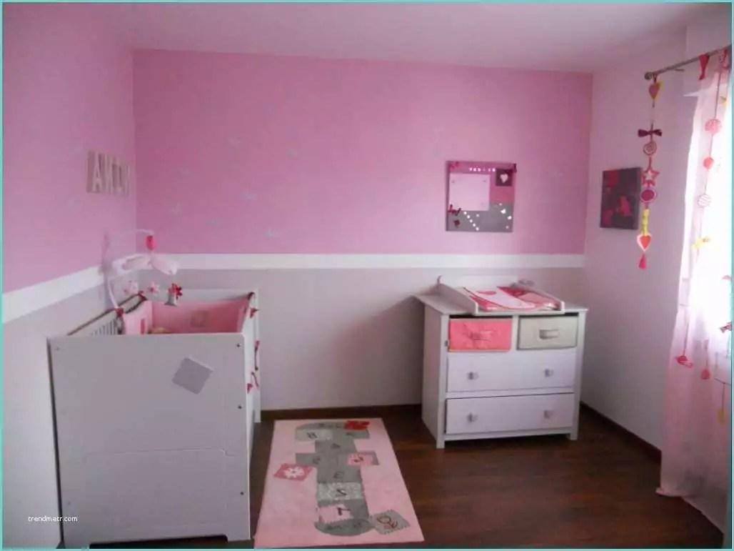 De Haute Qualite Chambre Fille Blanc Et Rose Chambre De Fille Aux Murs Gris