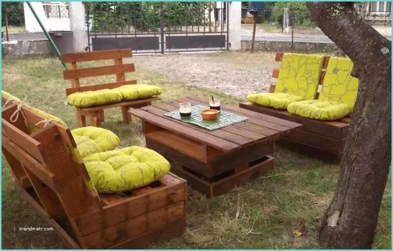 Fabrication Salon De Jardin En Palette Fabriquer Un Salon De Jardin En Palettes C Est Pas Moi