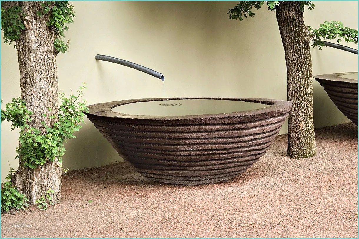Beautiful Vasque De Jardin En Plastique Ideas - House Design ...