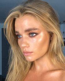 glossy makeup3