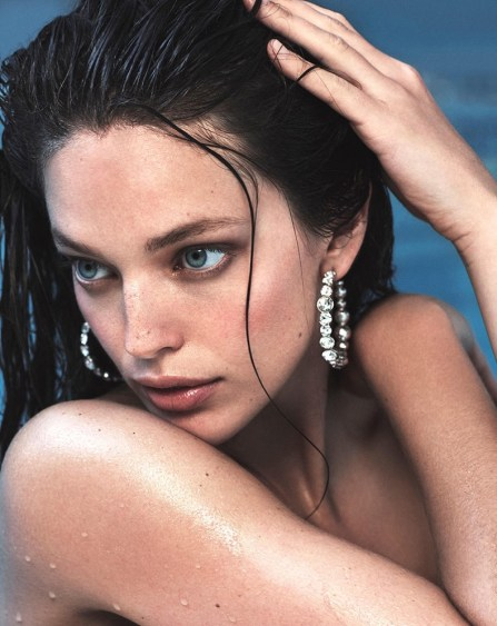 Emily-DiDonato-Daily-Summer-Cover-PHotoshoot08