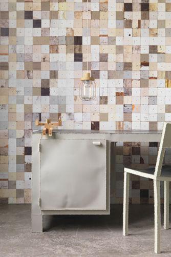 scrapwood-wallpaper-2-phe16-by-piet-hein-eek-23007-p[ekm]334x501[ekm]
