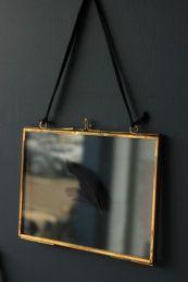 brass-glass-picture-frame-5-x22-x7-x22-landscape-23903-p[ekm]335x502[ekm]