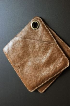 leather-pot-holders-oven-gloves-tan-brown-31083-p[ekm]335x502[ekm]