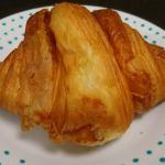 LAND 美味しいパンで、鴨川ピクニック。