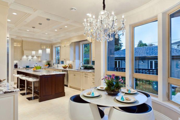 Dekorative Kristall Kronleuchter  Eleganz in Ihrem Wohnzimmer  Trendomatcom