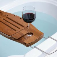 18 kreative Badewannenablagen und Regale fr Ihr Bad ...