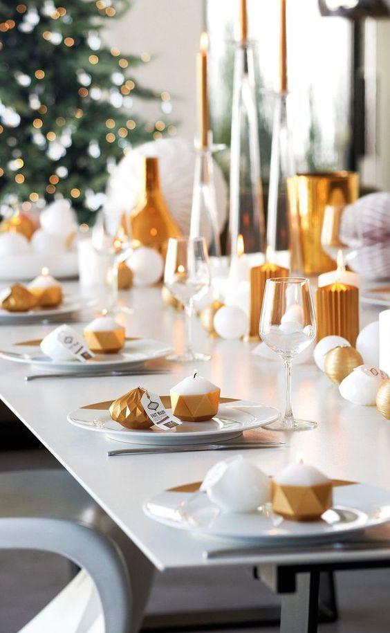 Festlich gedeckter Weihnachtstisch schne Ideen zum Nachmachen  Trendomatcom