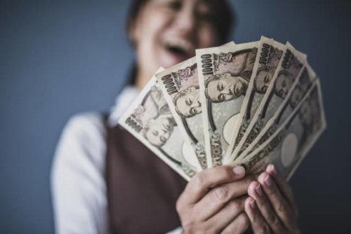 嫁の金遣いが荒い!がめつい!金銭感覚が合わない妻の対処法まとめ ...