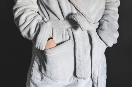 7 fashionable items on my Christmas wish list-Dressing robe