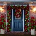 Simple christmas door decorations christmas door decorating contest