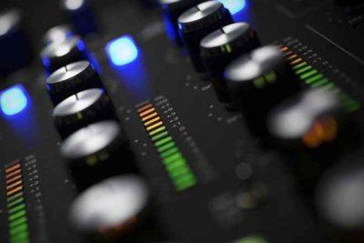 Laja & DJ Kamo Tribute To DJ Solomon Switch Vol 4 MP3 Download