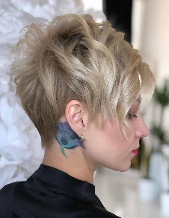 Amazing & Lovely Short Pixie Cut Hairstyle for 2020