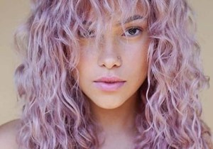 Pink Long Curly Hairstyles for Women to Sport in 2020