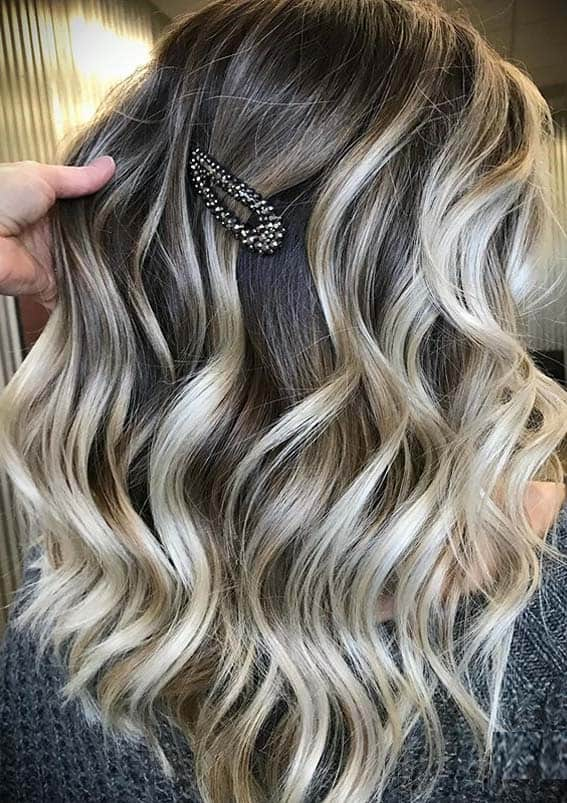 Gorgeous Balayage Highlights with Dark Roots in 2020