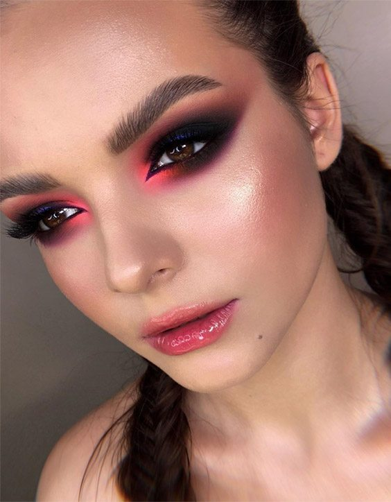 Delightful 2020 Makeup Ideas & Style for Girls