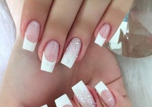 Mesmerizing Nail Art Trends to Show off In 2020