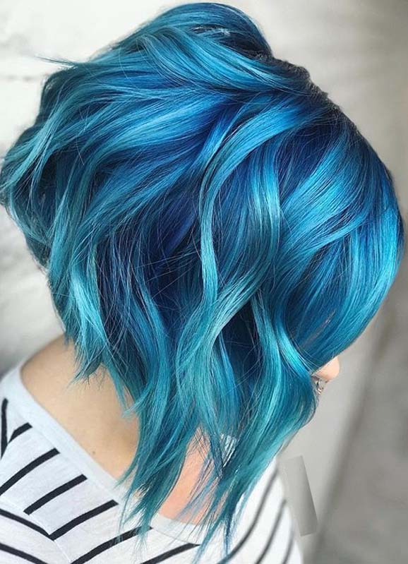 Beautiful blue color melt for bold look in 2020