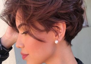 Modern Style of Short Pixie Cut that you'll Love