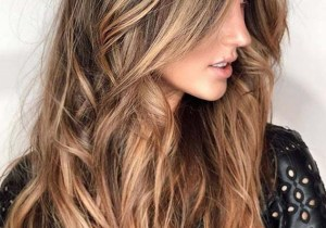 Flawless face framing Long Balayage Hairstyles for Women 2020