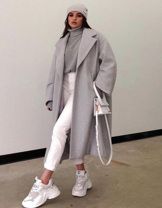 Romantic Look of Outfit Style for the winter Season
