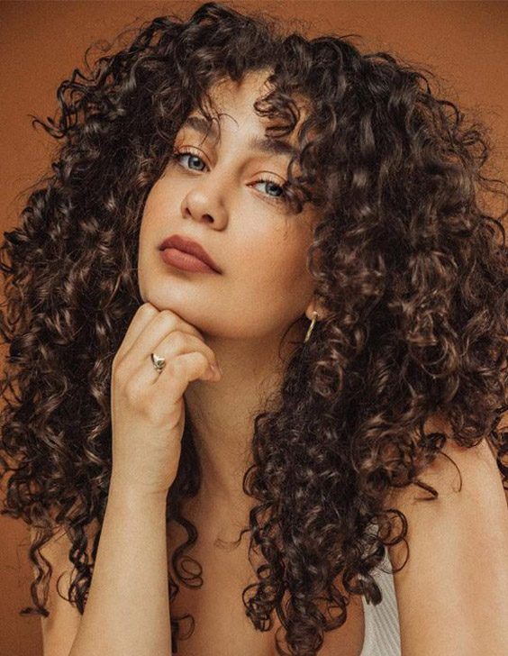 Edgy Look of Curly Hair for 2021 Girls