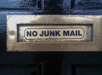 Peblish brændte nallerne: Hvad skal du være opmærksom på i forhold til emailkontakt?