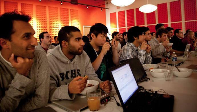 YC åbner op for anbefalinger for at få flere til iværksætterprogram i Silicon Valley