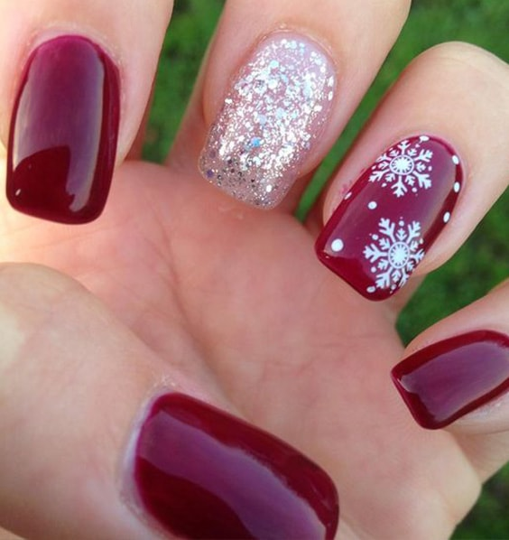 15 Fab Flake Nail Designs That Will Be Trendy in 2018