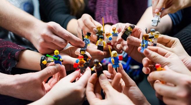 LEGO COVID-19 ©Vlad Hilitanu