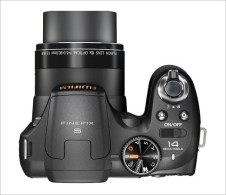 Fujifilm-FinePix-S2800HD-camera2