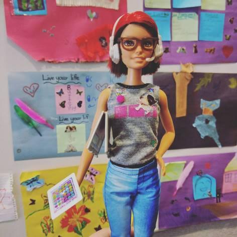 developer_barbie_geek_girl_instagram_accounts_follow_trendy_techie_2