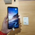 Trendy Techz Black Xiaomi Mi Max 3 Hands on Front-5