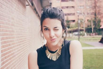 look outfit total black negro stiletto dorado marrón beige trendy two trendytwo carmen marta gemelas conjunto elegante