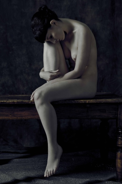 Folded Nude III (Kayt), James Hall