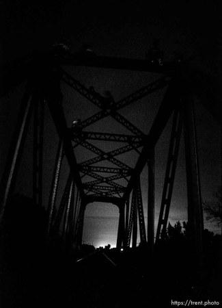 People on the bridge.