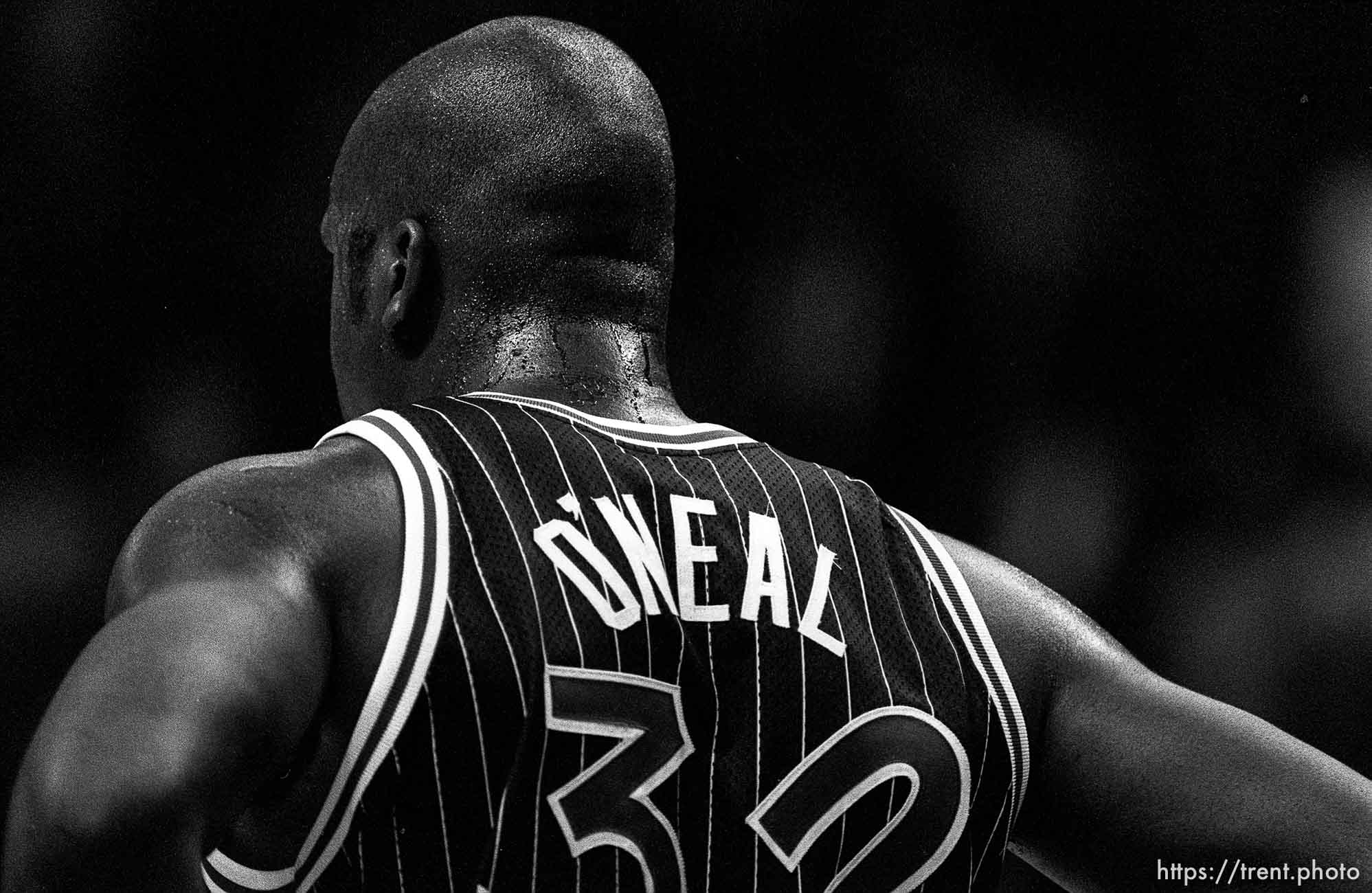 Shaquille O'Neal's back at Warriors vs. Orlando Magic basketball.