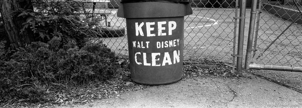 """Keep Walt Disney Clean"" on garbage can at Walt Disney Elementary School."