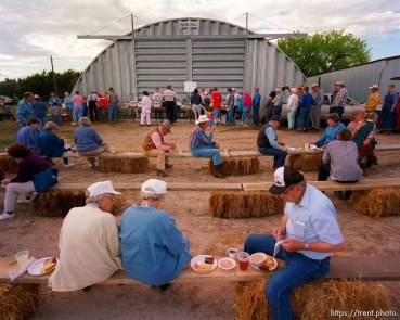 Ham & Bean fundraiser dinner along the Mormon Trail.