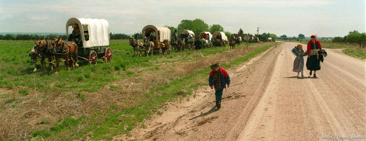 Walkers and wagons as the Mormon Trail Wagon Train stops for lunch.