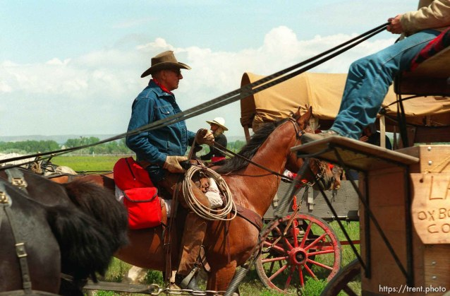 Joe Vogel, wagon-master for Nebraska leads wagons into a lunch stop on the Mormon Trail Wagon Train.