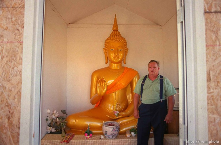 The Largest Thai Buddha in the County